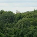 widok na zamek Mirów