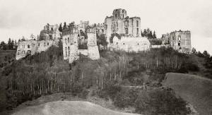 Zamek_Tenczyn_1164794_Fotopolska-Eu