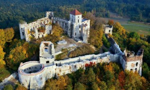 zamek Tenczyn z lotu ptaka