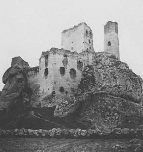 Zamek_Olsztyn_1093480_Fotopolska-Eu