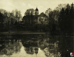 Palac_128144_Fotopolska-Eu