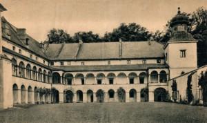 Zamek_-_Muzeum_Miejskie_312534_Fotopolska-Eu-1